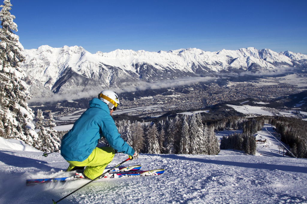 Innsbruck oferta un forfait conjunto, el Olympia SkiWorld, con acceso a las 9 estaciones los 300 km de pistas FOTO: Innsbruck.info