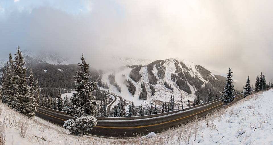 La estación del Colorado ha abierto las puertas este viernes 21 de octubre gracias a las nevadas tempranas FOTO: Arapahoe Basin Ski Area