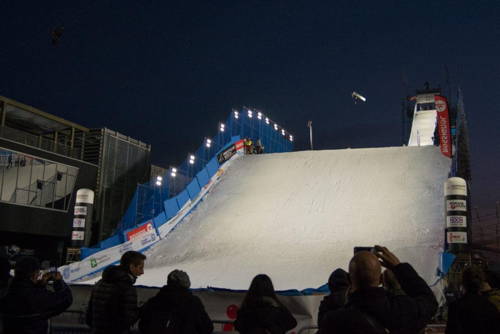 Entrenamiento FIS Snowboard Big Air World Cup Milano 2016 - Crédito: Mateusz Kielpinski (FIS)
