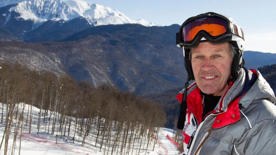 Bernhard Russi, campeó n olímpico y mundial de descenso, es el autor de la salida del descenso masculino en Corviglia