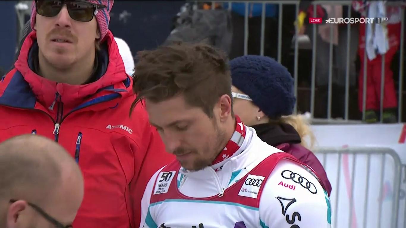 El enfado de Hirscher, que se vio afectado por la niebla, era notable tras la primera manga FOTO: Eurosport