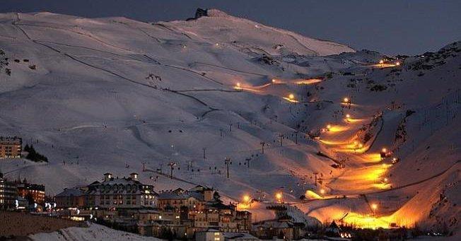 iluminación nocturna del mundial de sierra nevada