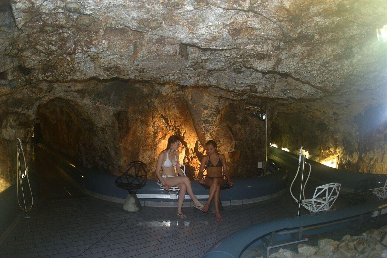 El 'Vaporarium' en Luchon-Superbagnères es el único hamman natural de Europa. Fue excavado en la propia roca durante la época romana FOTO: Les Pyrénées