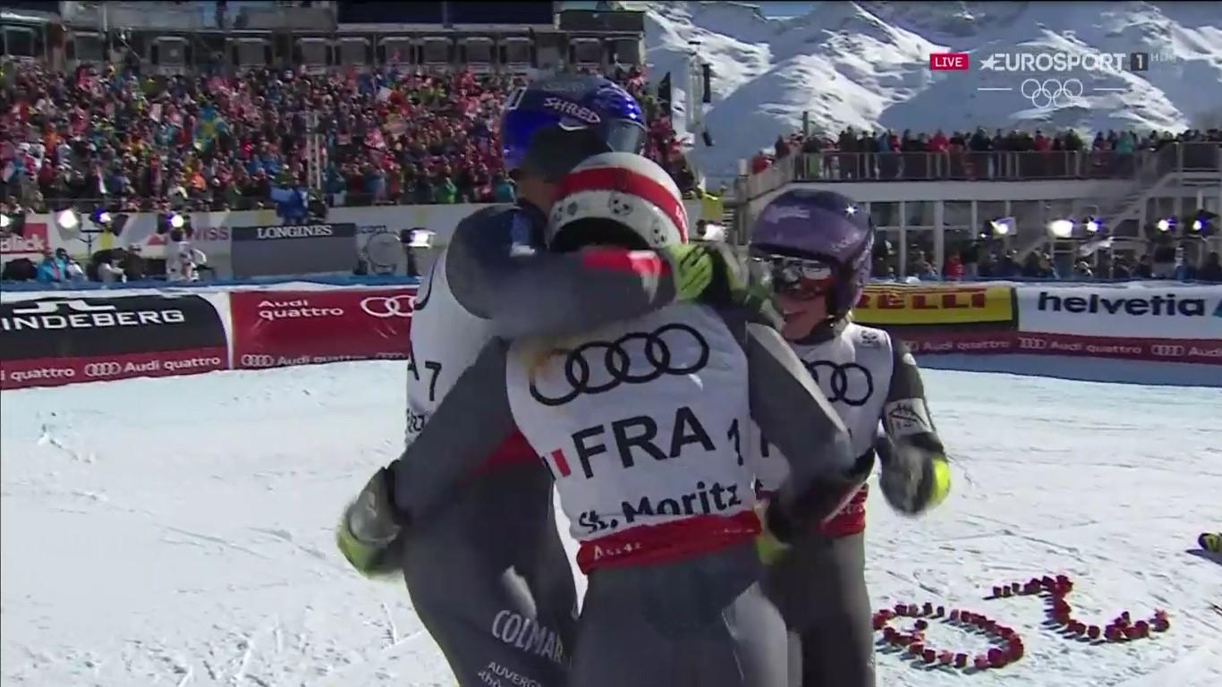 El equipo francés celebra el oro tras la última bajada de Mathieu Faivre FOTO: Eurosport