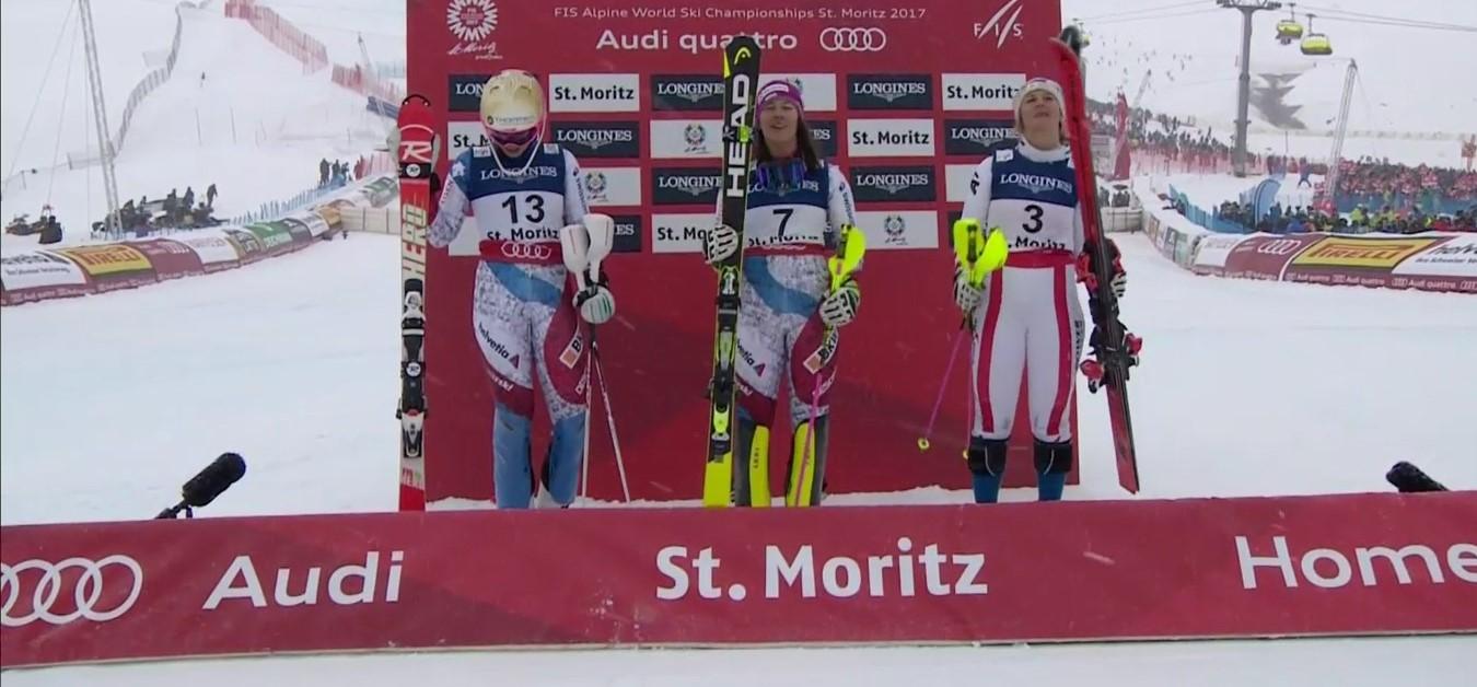 Gisin, Holdener y Kirchgasser, tres mujeres felices en el podio FOTO: Eurosport