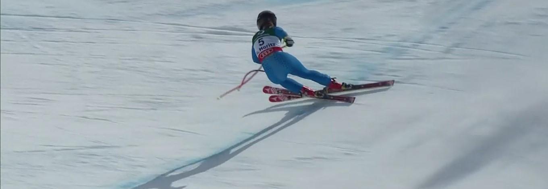 En este instante es cuando Sofia Goggia pierde su opción de podio al cruzársele los esquís. Salvó la situación pero perdió el podio FOTO: Eurosport