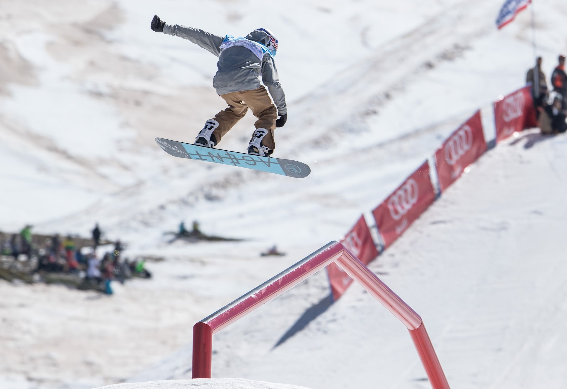 Los riders han volado literalmente por la pista de slopestyle