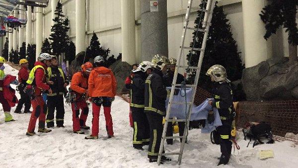 Los Bomberos de la Comunidad de Madrid rescataron tanto a adultos como niños
