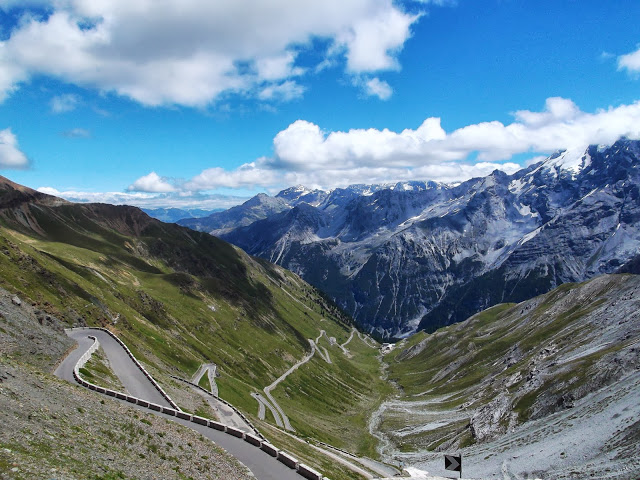 La ascensión al Passo dello Stelvio constituye un verdadero desafío para cualquier ciclista