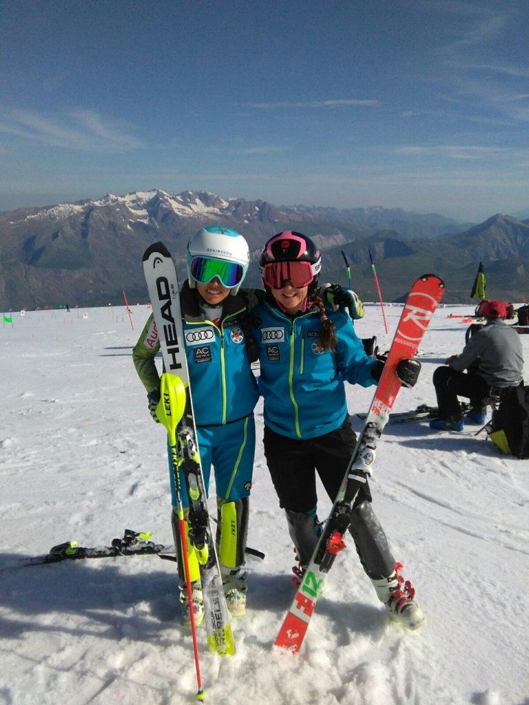 Primara toma de contacto del equipo de alpino en Les 2 Alpes
