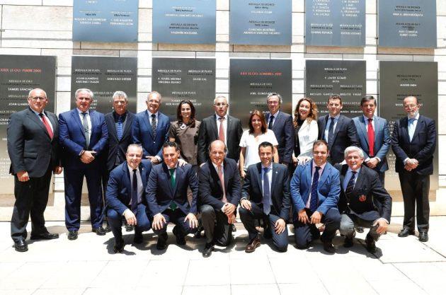 Nuevo comité ejecutivo del COE, en el que ha entrado a formar parte May Peus, presidente de la RFEDI