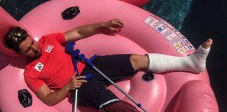Marcel Hirscher, seis veces campeón del Mundo de alpino, cursa caja por fractura de tobillo