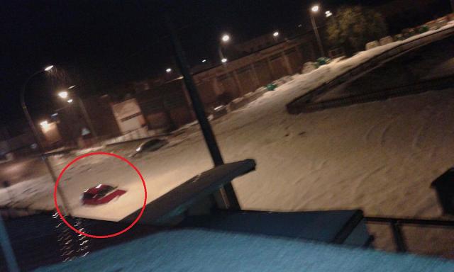 Algunos vehículos quedaron atrapados