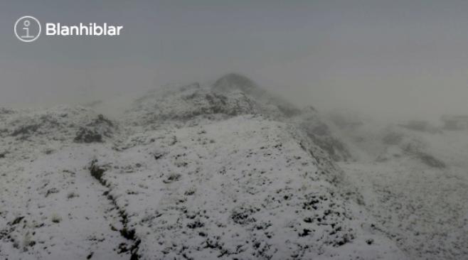 El área de Beret se ha teñido de blanco esta mañana