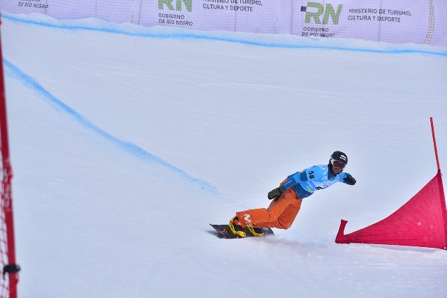 Lucas Eguíbar llegó hasta cuartos de final en la 2ª prueba FIS de Cerro Catedral