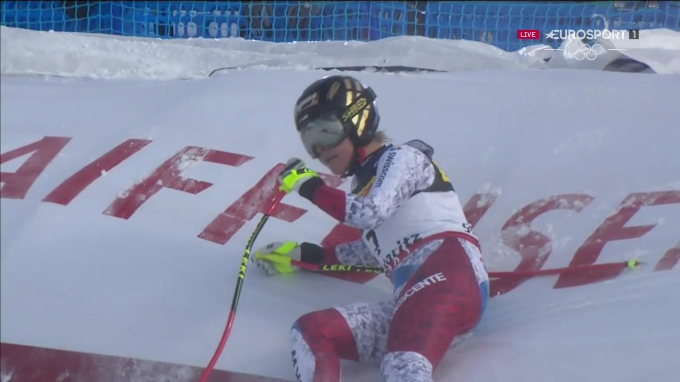 Lara Gut en la meta del super G del Mundial de St Moritz, donde se colgó el bronce, y tres días antes de lesionarse de gravedad