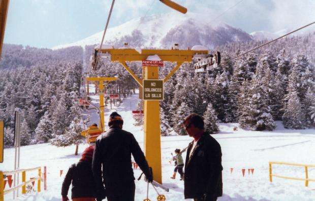 Otra imagen con uno de los telesillas en los años 70