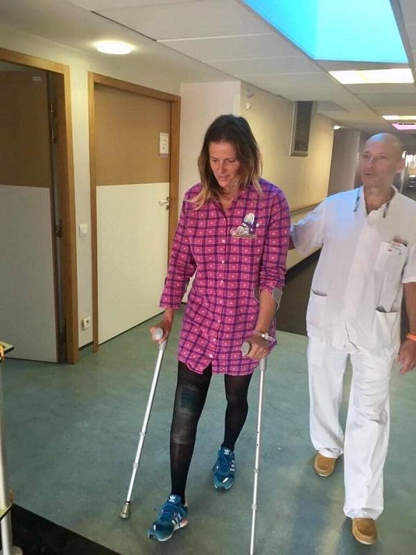 Velez Zuzulova tras una sesión de rehabilitación en el centro médico de Lyon