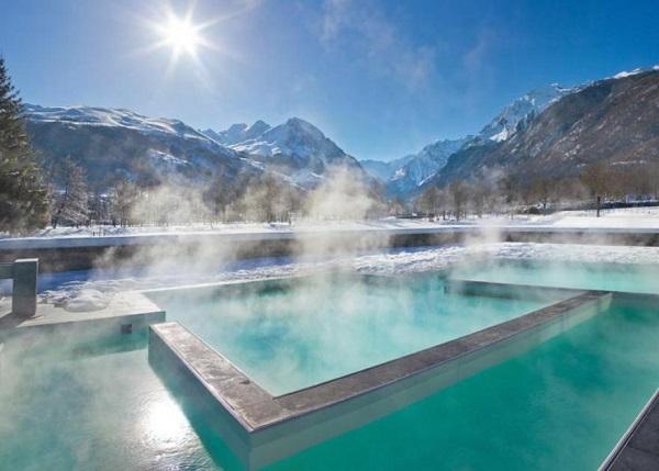 Balnéa está en Loudenville, a escasos diez minutos en coche de Peyragudes, y está considerado como el mejor centro termal de los Pirineos franceses
