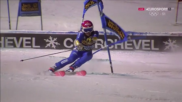 Irene Curtoni, primera italiana en seis años en subir al podio de un slalom de la Copa del Mundo. El precedente lo tenía Manuela Moelgg en Zagreb