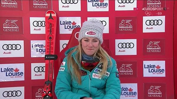 Mikaela Shiffrin sonríe mientras sus rivales no pueden mejorar su 'crono'
