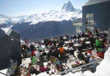 Las pistas francesas de Artouste se alzan alrededor del Pico Midi d'Ossau