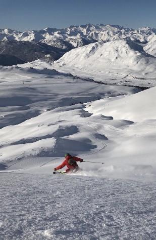 Descensos de vértigo en nieve polvo