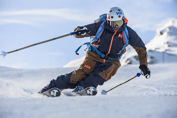 La Elevation Shell Jacket soporta todo tipo de condiciones climatológicas asegurando un máximo aislamiento y transpirabilidad a la vez FOTO: ©AlessandroBelluscio
