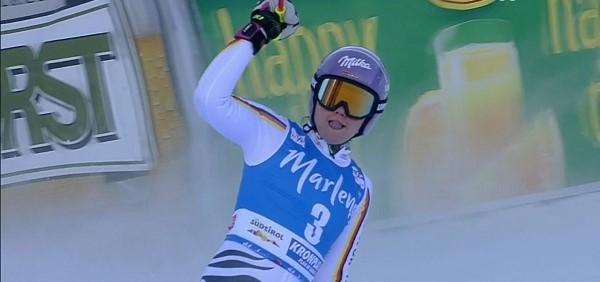 Viktoria Rebensburg ha vuelto con fuerza a las pistas tras una ausencia de casi tres semanas. Lo ha hecho ganando el gigante de Kornplatz