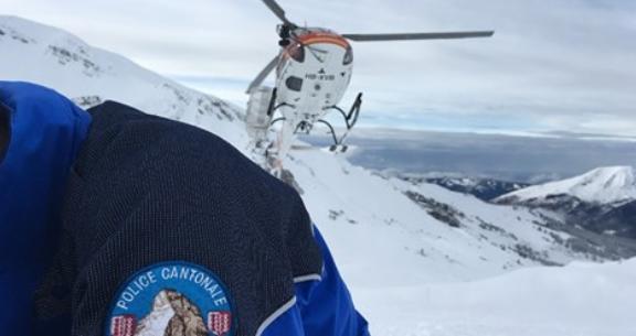 El alud se produjo a unos 2.500 metros de altitud