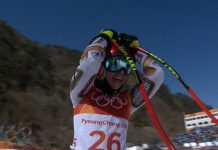 Ester Ledecka ha tardado unos segundos en asimilar que había ganado el oro. Acto seguido ha explotado de alegría