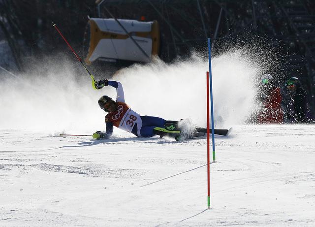 Juan del Campo tuvo un inicio brillante en la primera parte del slalom pero una caída le impidió disputar la segunda manga
