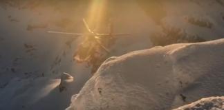 El rescate de los montañeros tuvo que hacerse finalmente con helicóptero por tratarse de una canal muy expuesta y helada