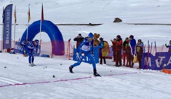 Sadra Pellegrini entra en meta batiendo al sprint a su compatriota Ilenia Defrancesco FOTO: Baqueira Beret