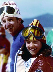 Blanca de jovencita con su hermano Paco. Foto: Campañá