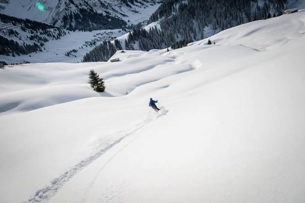 Su orientación cara norte procura grandes cantidades de nieve virgen
