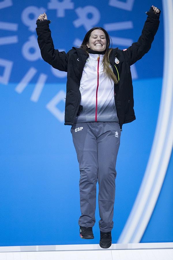 Astrid Fina , feliz en el podio FOTO: Mikael Helsing