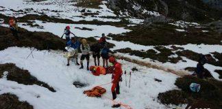 Jokin Lizeaga fue fue rescatado por el Grupo deRescate de Bomberos del Servicio de Emergencias del Principado de Asturias