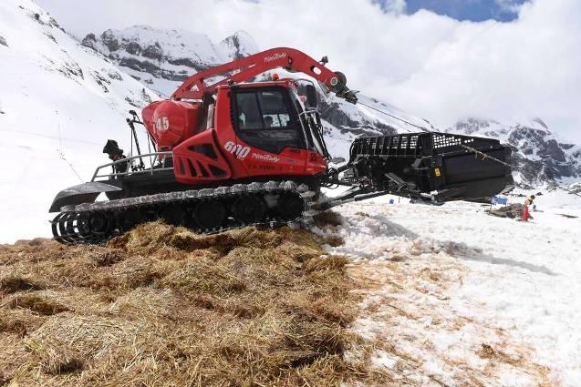 Candanchú usa en primicia en estas latitudes la técnica del snowfarming