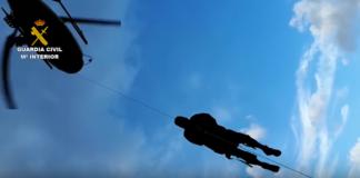 La Guardia Civil y el Grupo de Rescate de Protección Civil rescatan a un montañero inglés enriscado en Picos de EuropaLa Guardia Civil y el Grupo de Rescate de Protección Civil rescatan a un montañero inglés enriscado en Picos de Europa