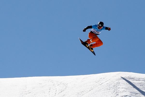 La plata de Lucas Eguibar en el Mundial de Sierra Nevada, otro de los hitos logrados FOTO: RFEDI