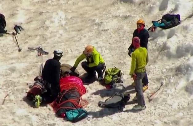 El escalador suicida salió ileso
