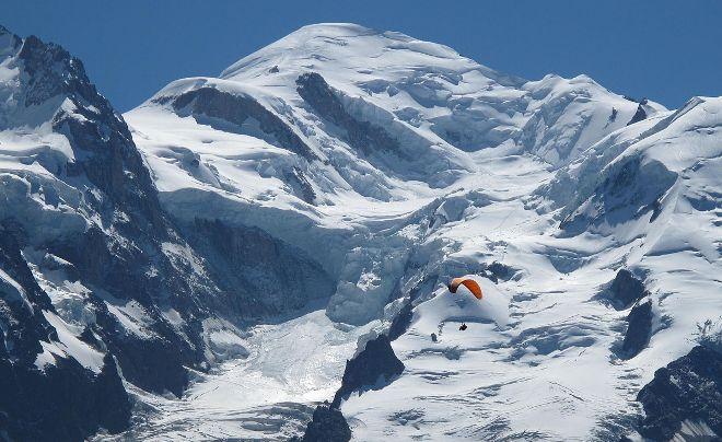 Una imagen del Mont Blanc donde el alcalde afirma que entre 300 y 400 personas cada día en esta época traten de llegar a la cima
