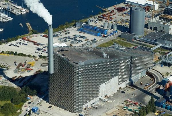 Vista aérea del Copenhill o Amager Bakke. FOTO: www.magasinetkbk.dk_.jpg