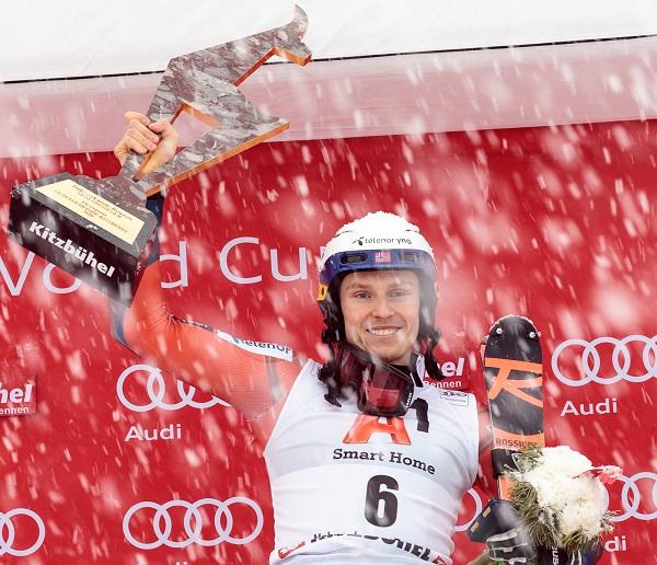 Henrik Kristoffersen tras ganar el slalom de Kitzbuehel por segunda vez. FOTO: Redbullcontentpool.com