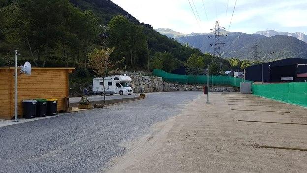 El novedoso aparcamiento adaptado en La Val d'Aran