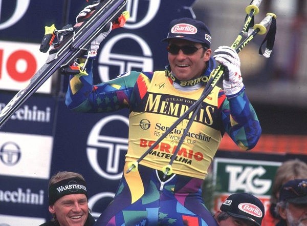 Alberto Tomba en marzo de 1995 en Bormio proclamándose ganador de la Copa del Mundo absoluta. FOTO: Facebook Tomba