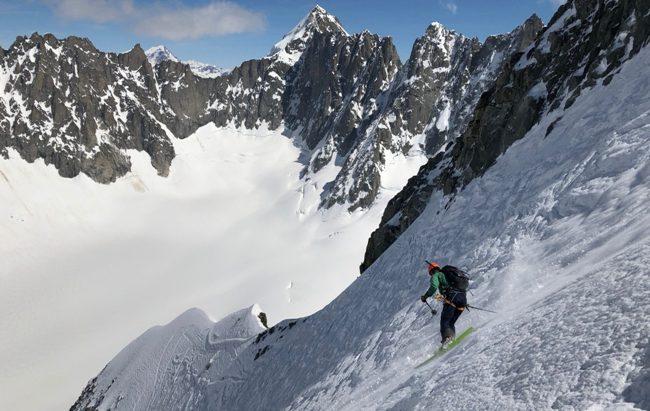 El esquí de montaña, uno de los grandes atractivos de la zona