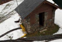 Cables cortados en uno de los remontes de Pal. FOTO: Vallnord