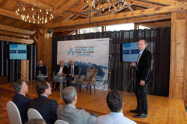 Conrad Blanc durante el acto de presentación de la plataforma